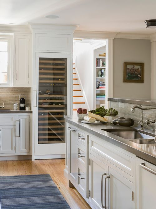 Buy Best Wine Refrigerator for your Kitchen