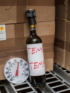 test bottle monitor wine temperature